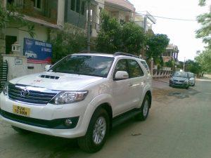 Cab Hire Fortuner Jaipur